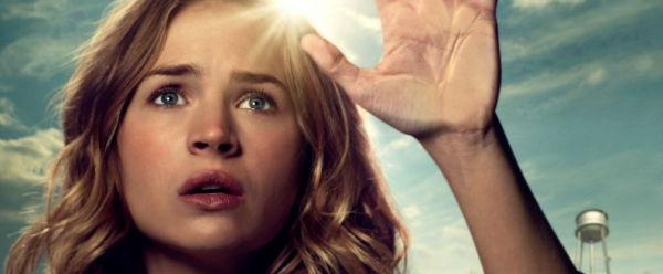 britt-robertson-movie-tomorrowland-brad-bird-damon-lindelof-e1374189081709